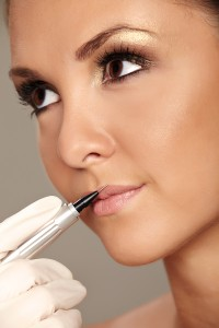 Permanent-Make-up-9219731-200x3001